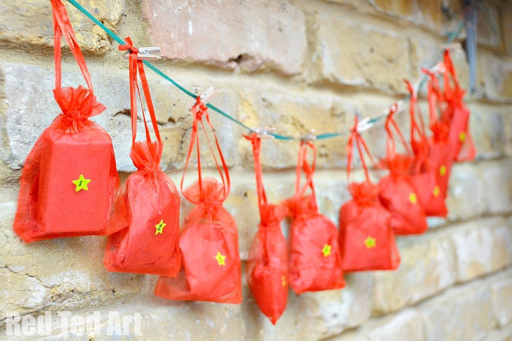 Easy quick diy advent calendar 4 in 1 party delights blog quick easy diy advent calendar solutioingenieria Image collections