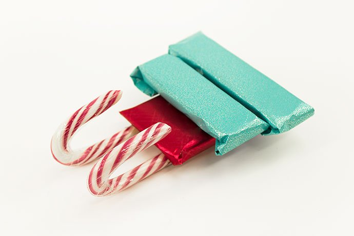How to Make a Candy cane Sleigh Step 3
