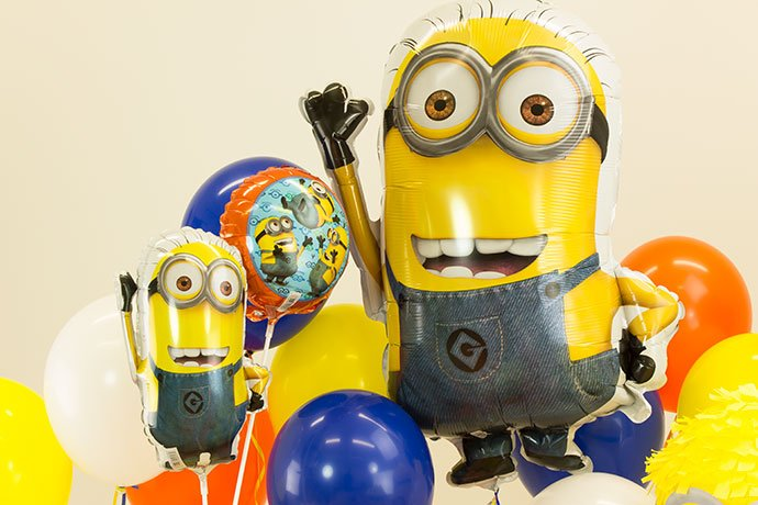 Minion Party Ideas - Minion Balloons