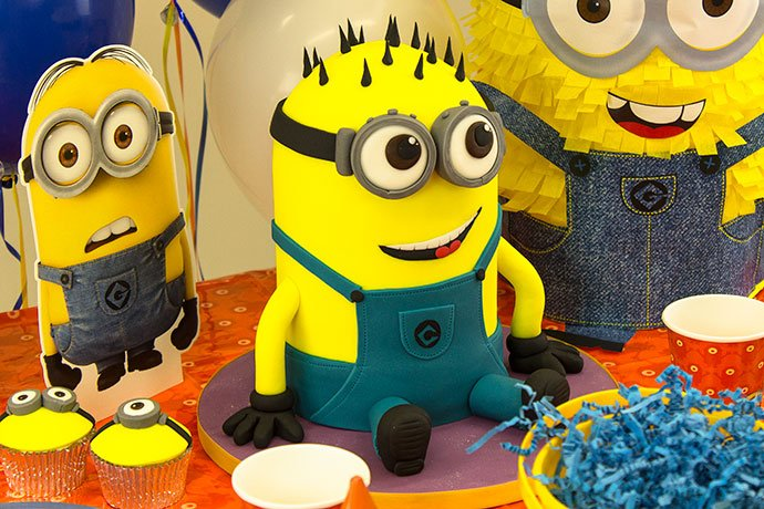 Minion Birthday Cake by Richard's Cakes