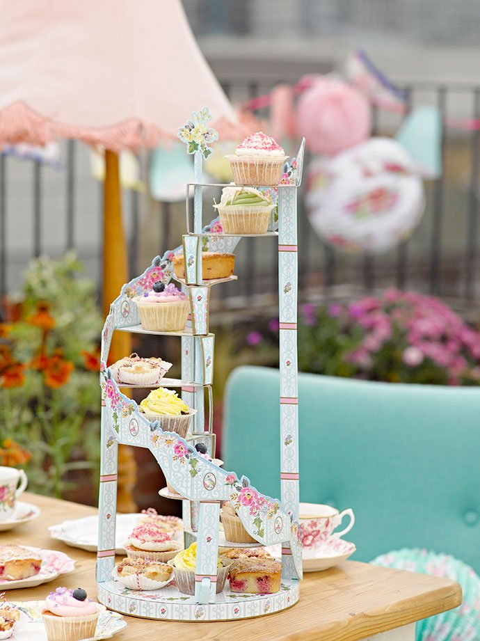 Truly Scrumptious Spiral Staircase Cake Stand