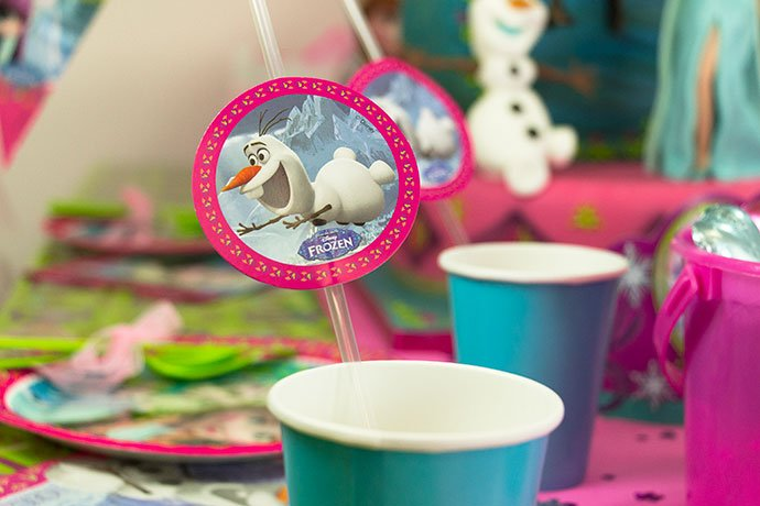 Frozen straw toppers