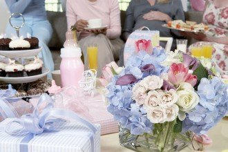 A guide to baby shower etiquette