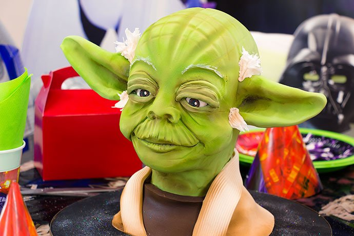 Yoda Cake for a May the Fourth Party