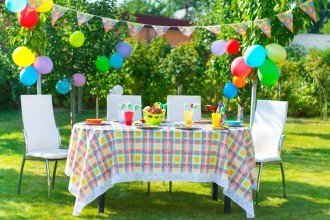How to Throw a Party on a Budget