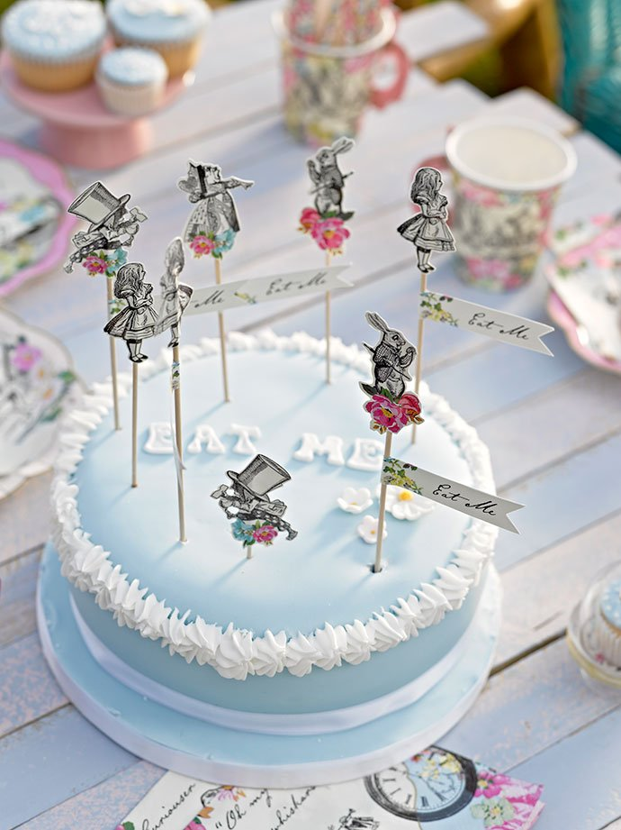 Alice in Wonderland Cake Accessories