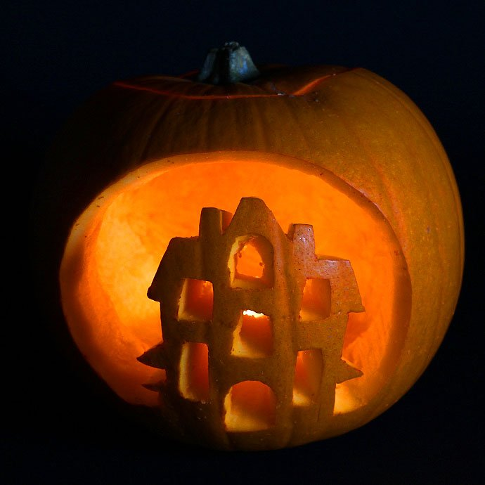 Haunted House Pumpkin Design