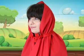 No-Sew DIY Little Red Riding Hood Cape