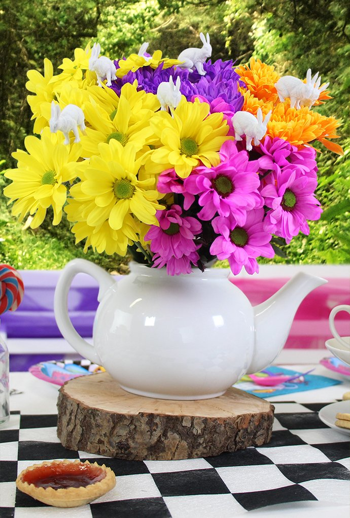 Teapot and Flowers Table Centrepiece