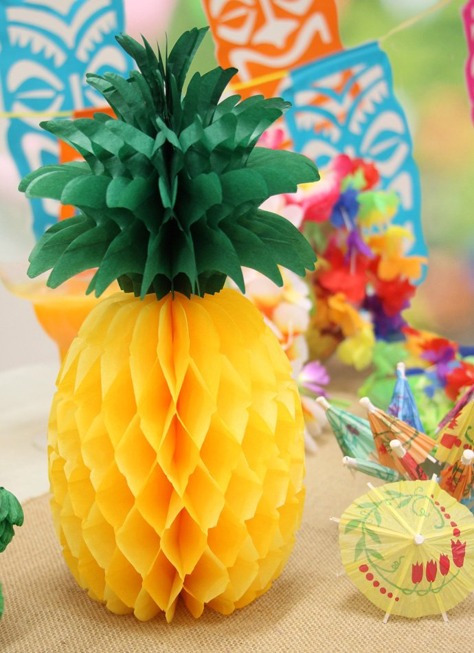 Honeycomb Pineapple Centrepiece