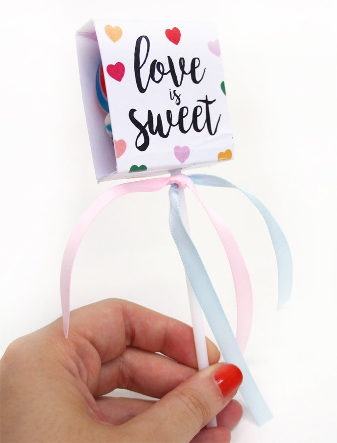 DIY Wedding Favours - Heart Lollipop Covers