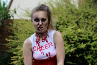 Zombie Cheerleader Make-Up Tutorial