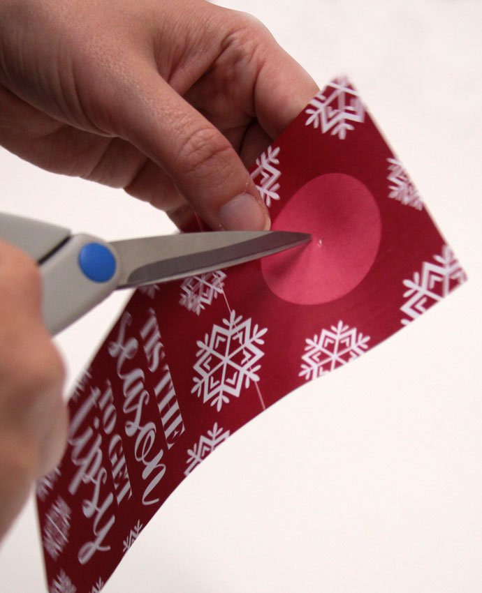 Christmas Wine Bottle Tags - Step 1