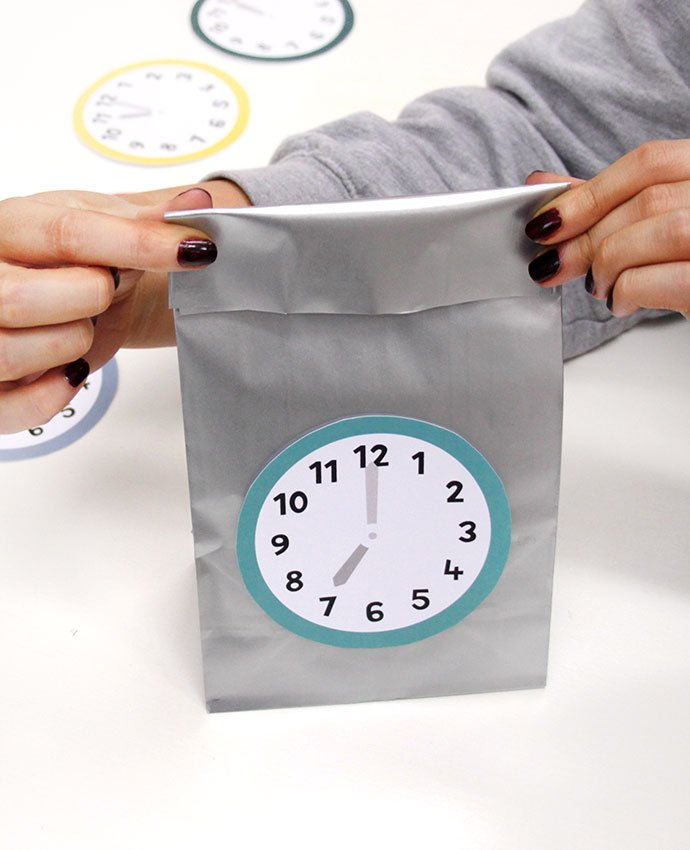 New Year's Eve Countdown Bags - Step 6