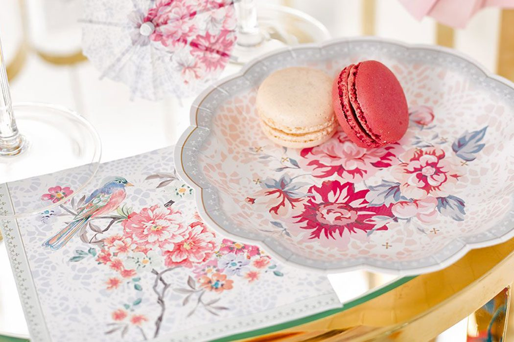 How to Throw a Beautiful Mother's Day Tea Party | Party ...