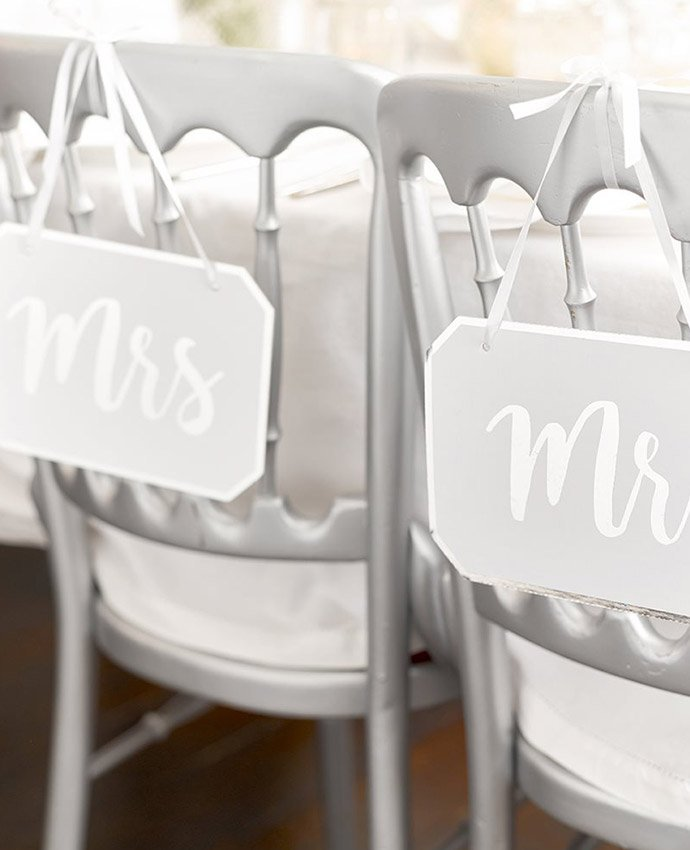 Silver Mr & Mrs Signs