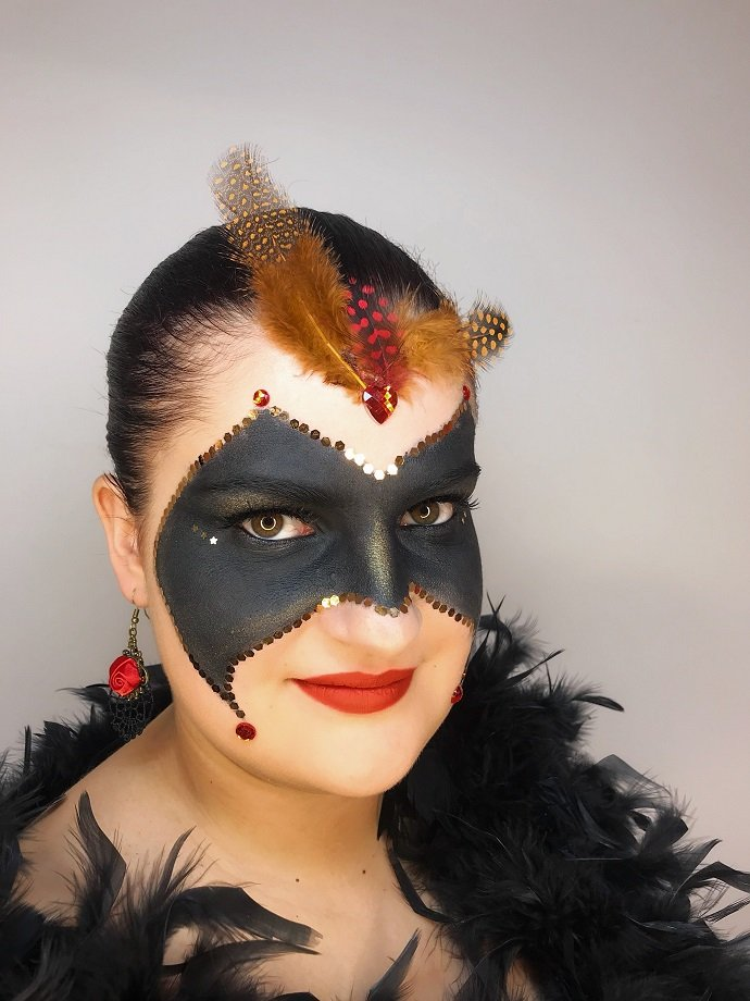 Masquerade Make-Up Tutorial 5