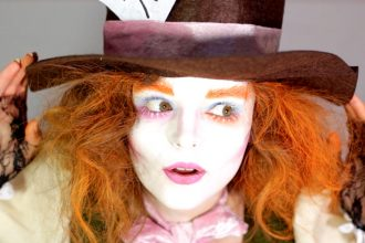 Mad Hatter Make-Up Tutorial