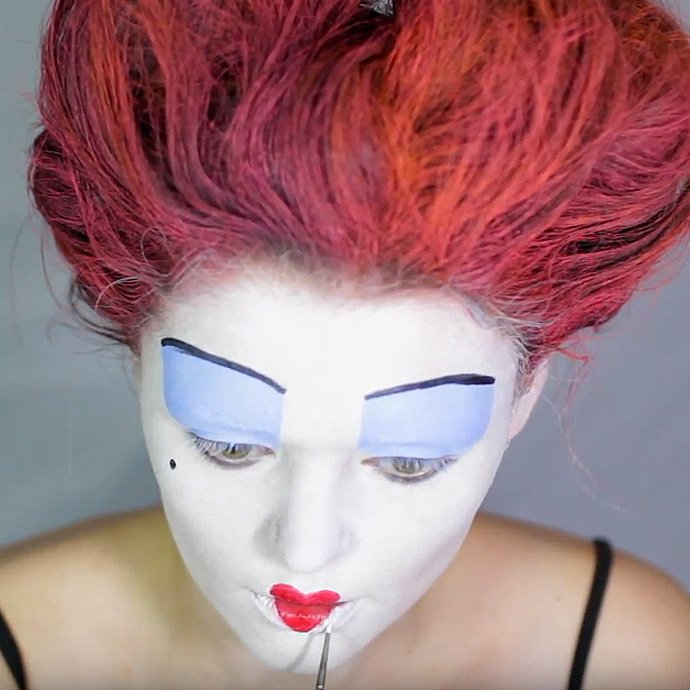Queen of Hearts Make-Up Tutorial - Step 10