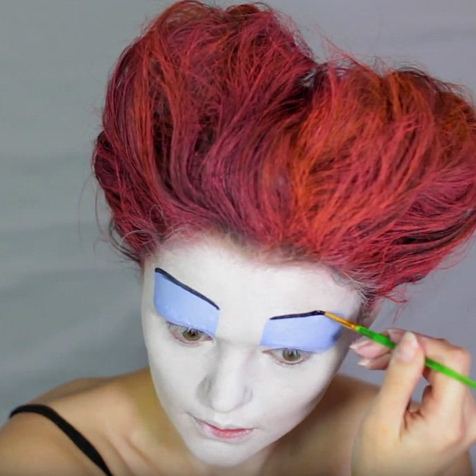 Queen of Hearts Make-Up Tutorial - Step 8
