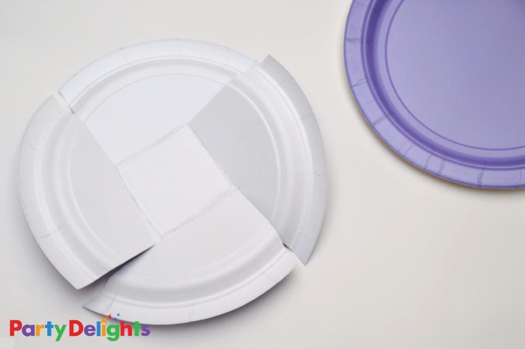 Easter Baskets made from Paper Plates Step 1
