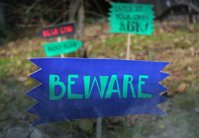 Spooky Lawn Signs