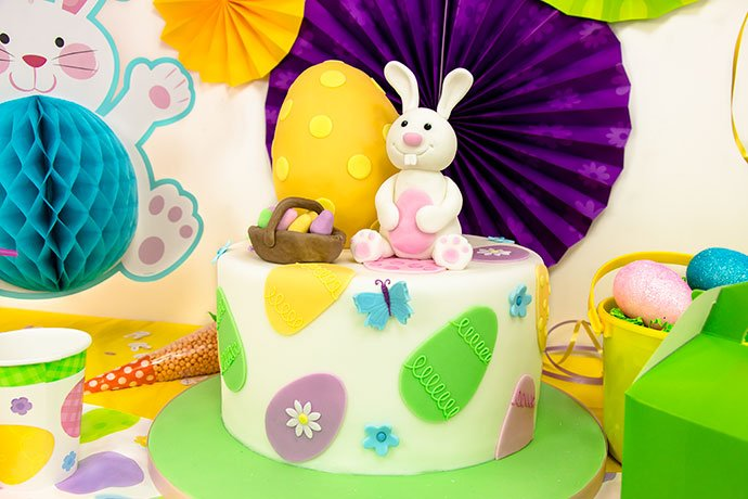 Easter Cake by Richard's Cakes