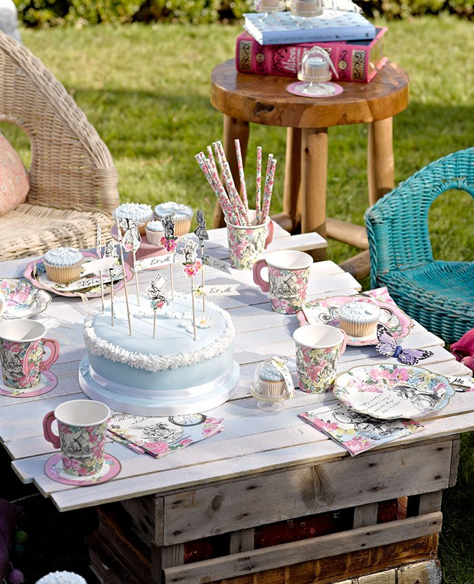 How To Throw An Alice In Wonderland Tea Party Party Delights Blog