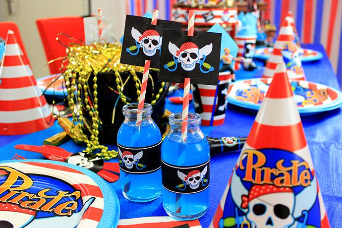 Free Pirate Straw Toppers - Pirate Printables