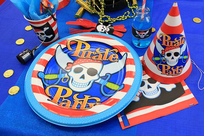 Pirate Tableware for 4 Year Old's Party