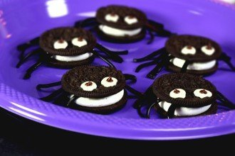 Spectacularly Spooky Halloween Buffet Ideas
