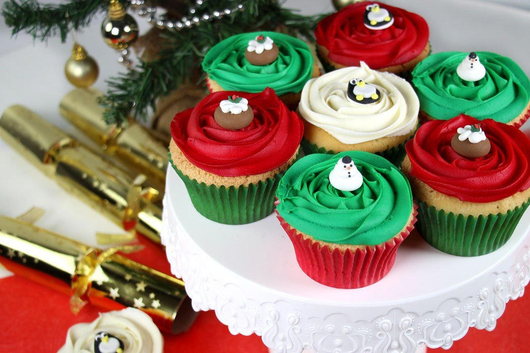 easy christmas cupcake decorating - Christmas Cupcake Decorations