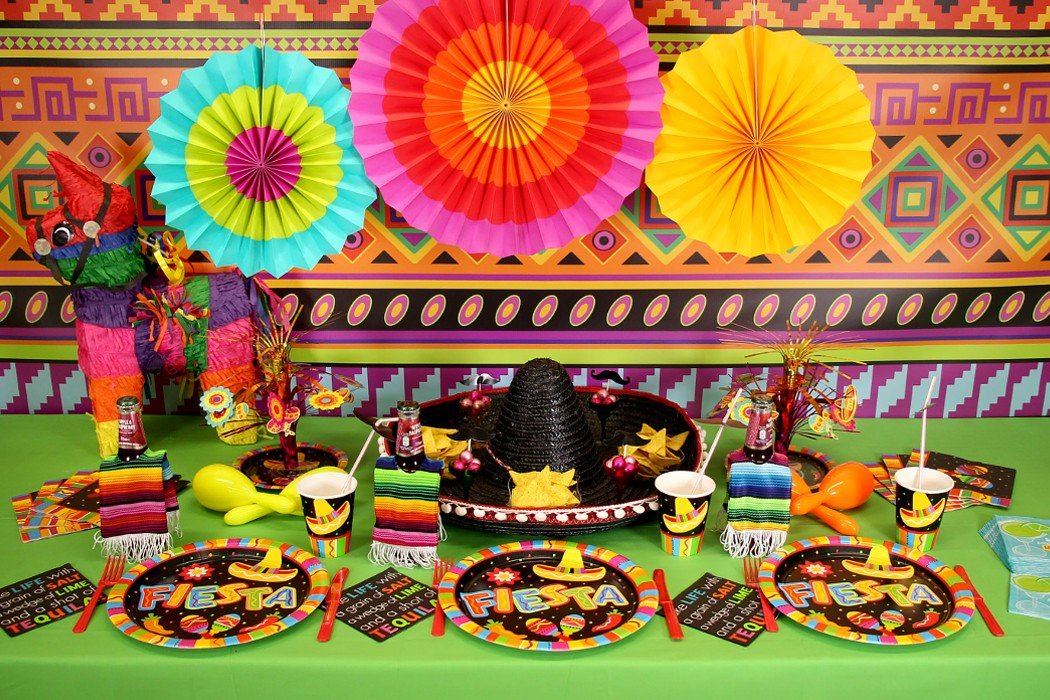 Mexican fiesta party ideas party delights blog for Mexican party decorations