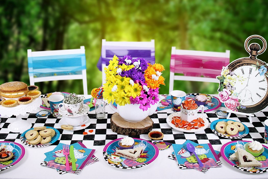 How to throw a mad hatter 39 s tea party party delights blog - Alice in wonderland tea party decorations ...