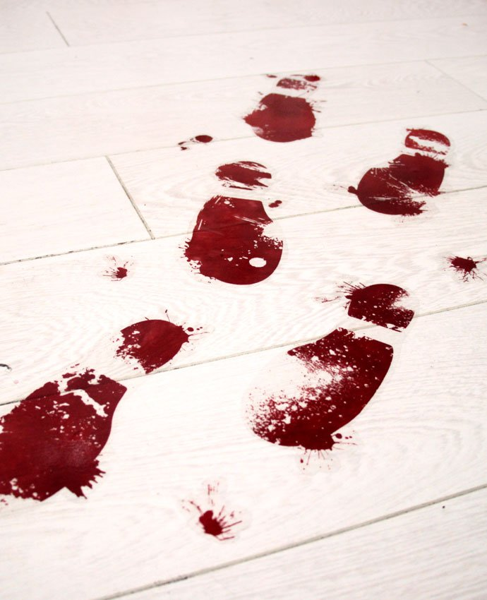 bloody-footprint-decorations