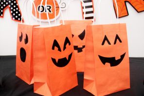 Pumpkin Party Bags for Halloween