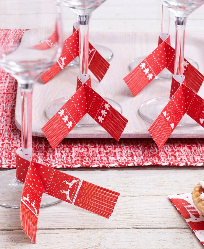 Christmas Scarf Glass Decorations