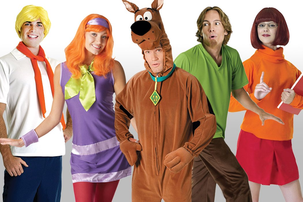 10 Easy Group Costume Ideas for You and Your Friends