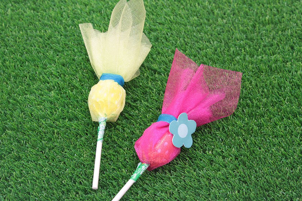 DIY Trolls Lollipops