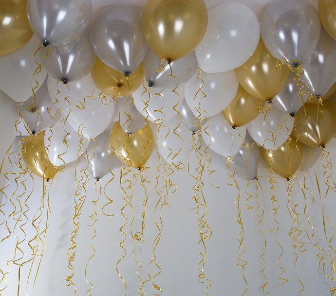 Silver and Gold Balloon Ceiling