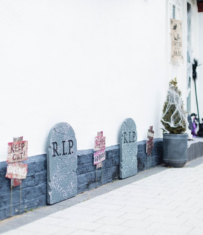 Halloween Tombstone Decorations