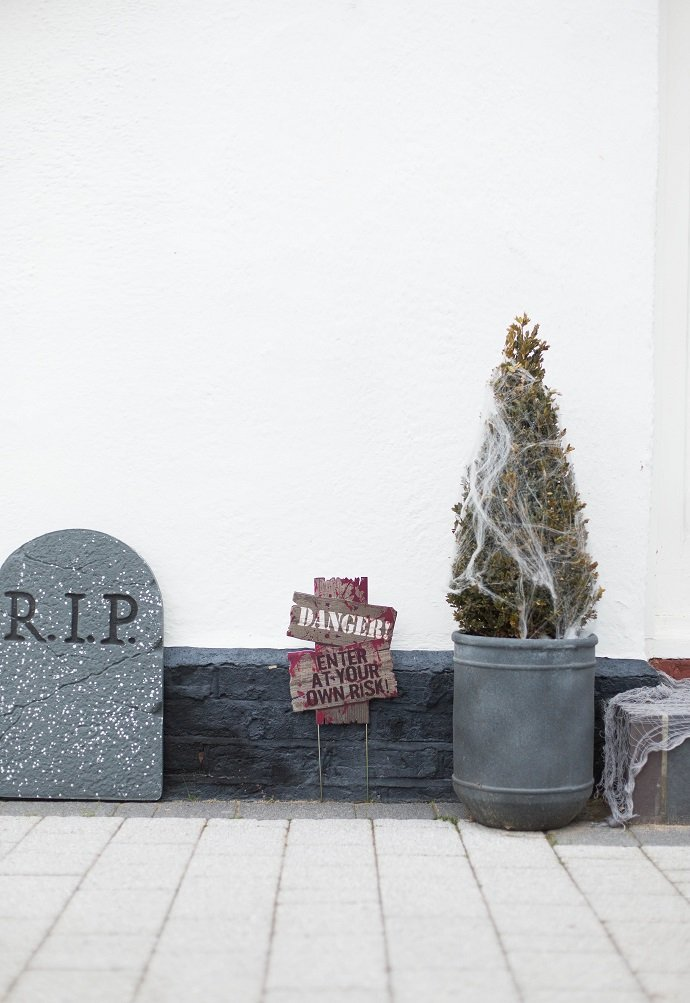 Halloween Tombstones and Cobwebs
