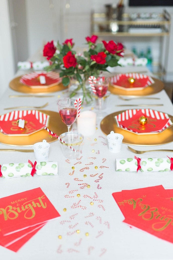 Christmas Dinner Table Runner with Confetti