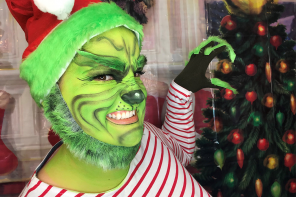 The Grinch Face Paint Tutorial