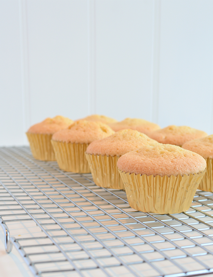 Baked-Gold-Cupcake-Cases