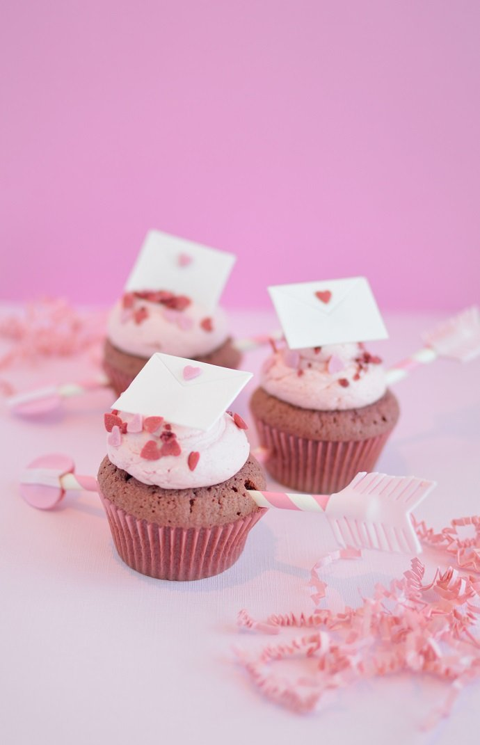 Cupid's Arrow Cupcakes
