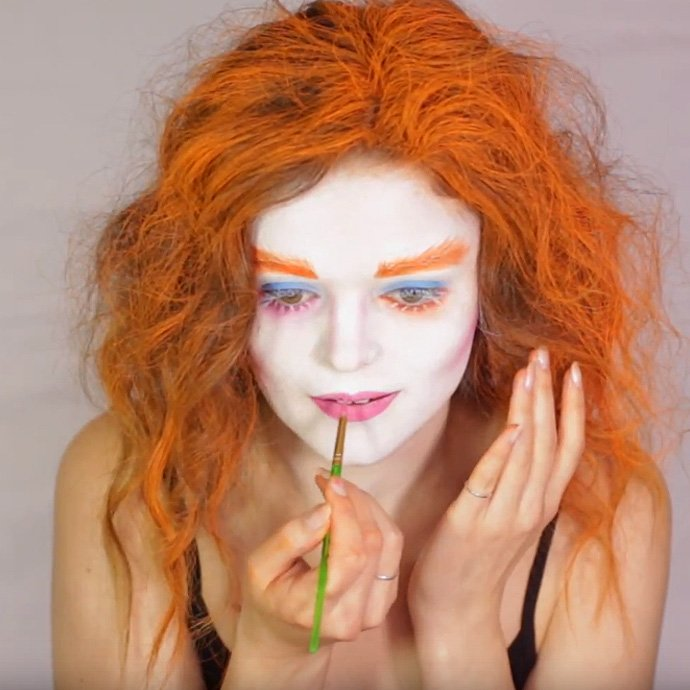 Mad Hatter Make-Up Tutorial 10