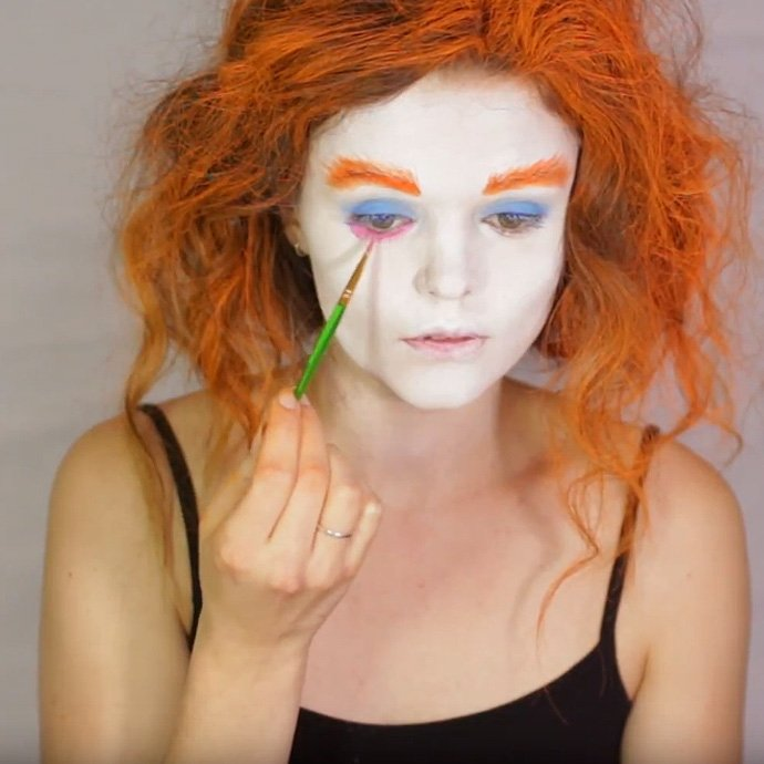 Mad Hatter Make-Up Tutorial 5