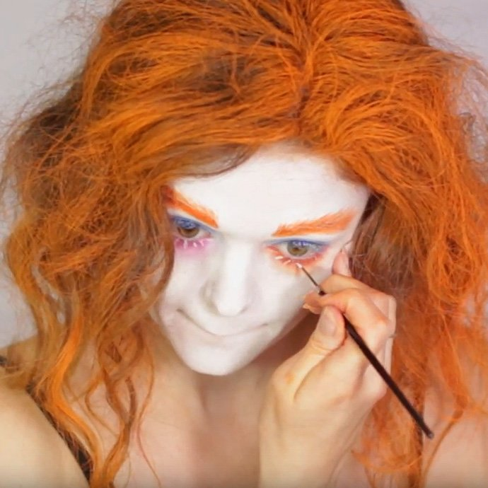 Mad Hatter Make-Up Tutorial 7