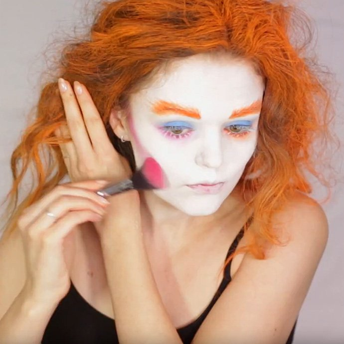 Mad Hatter Make-Up Tutorial 8